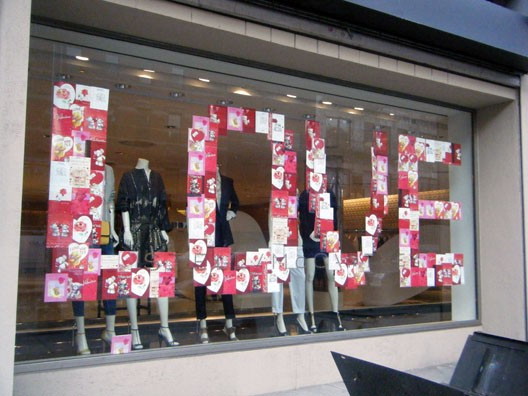 Valentines day window inspiration 2012 international visual for Boutique window display ideas