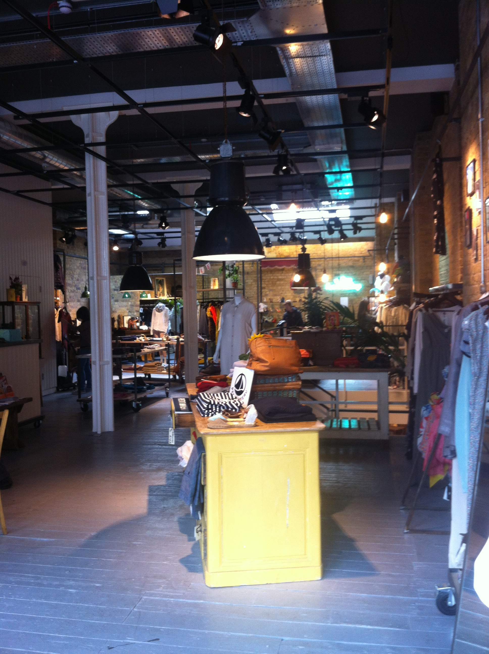 Shoreditch London: Cafe, Fashion, Accessories, Home, Hair