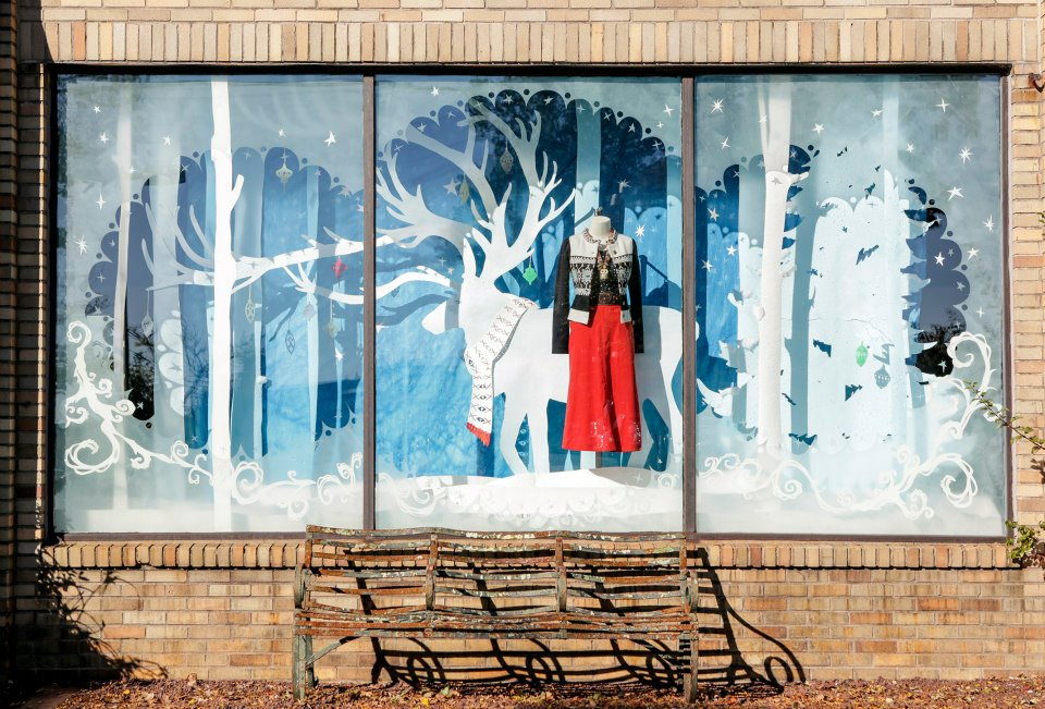 Published at 960 × 651 in Anthropologie \u2013 American Store Holiday Windows 2012 & Anthropologie Holiday Windows 201213 | International Visual