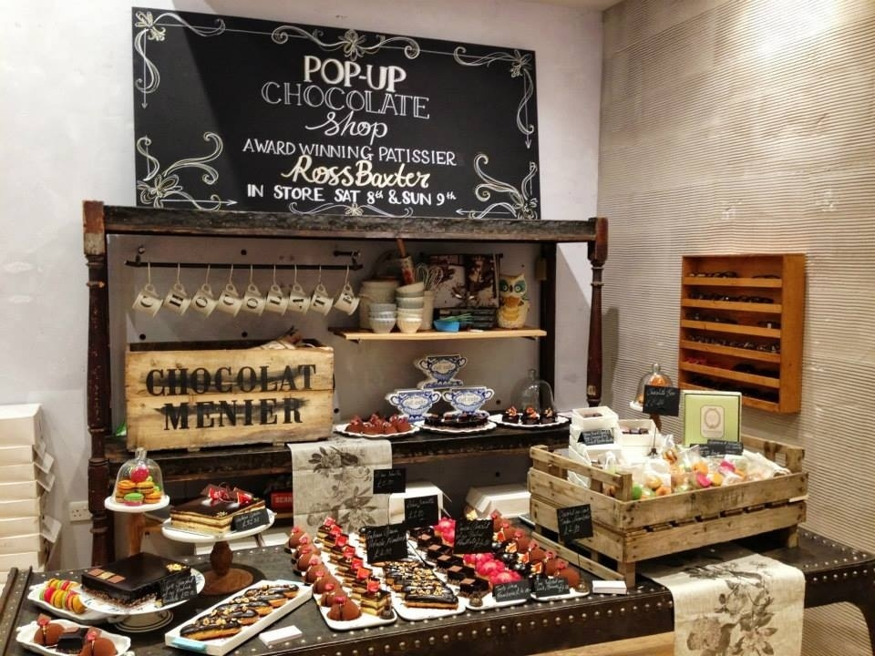Anthropologie pop up chocolate shop kings road for Coffee shop display ideas