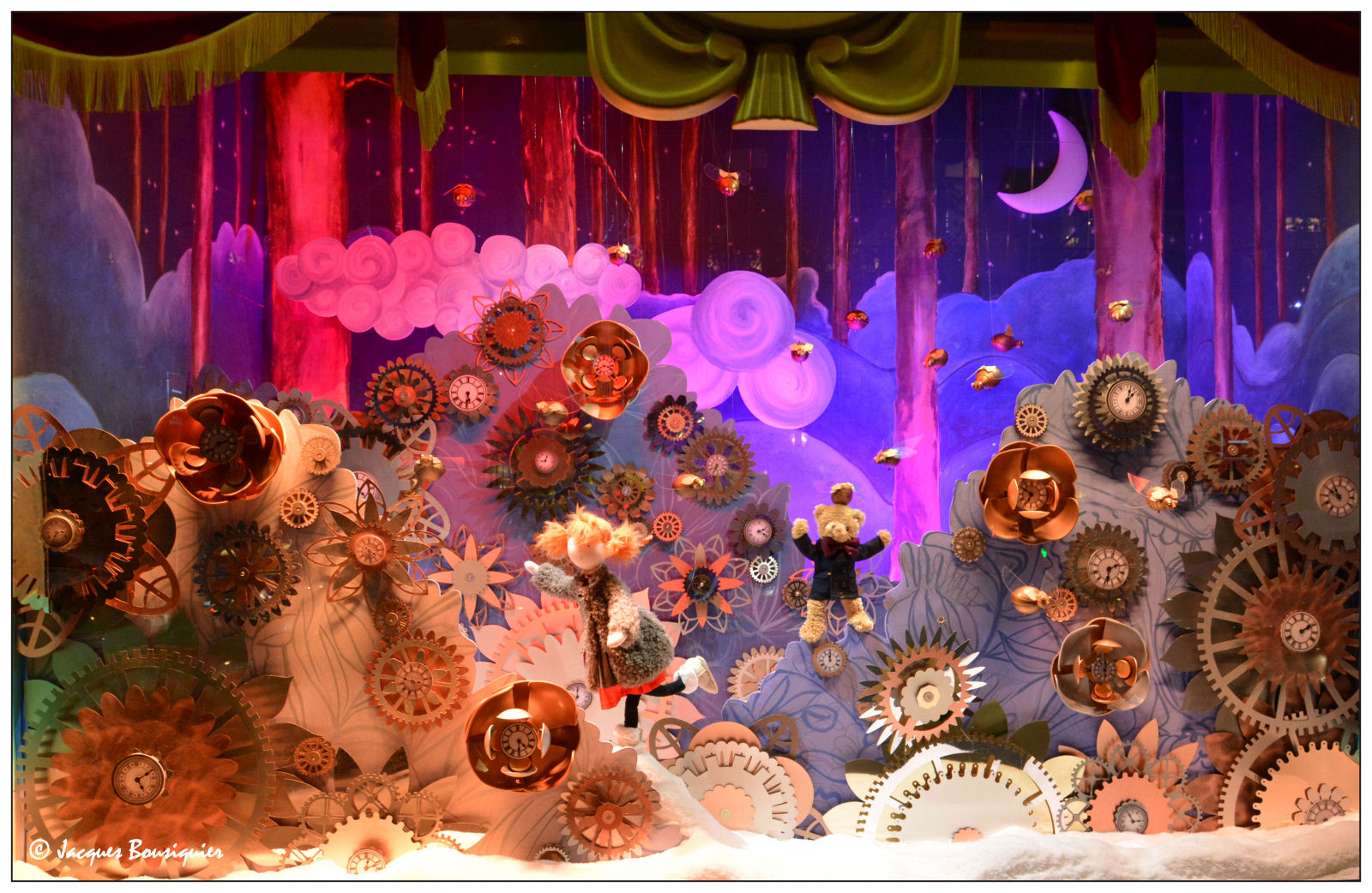Galeries lafayette paris christmas 2013 international visual - Vitrines galeries lafayette 2016 ...